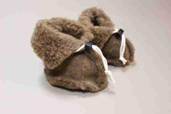 Wollen slofjes voor baby - bruin